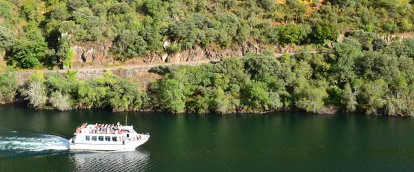 Catamaranes rio Sil
